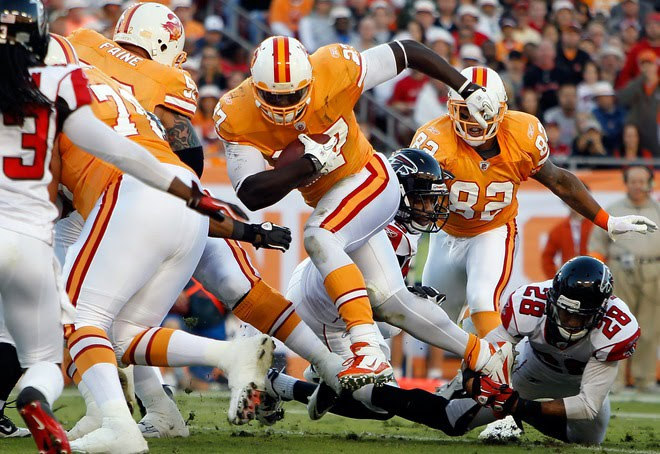 ... 5) Tampa Bay Buccaneers The Creamsicles. I guess beauty is in the eye of  ... a310cf963