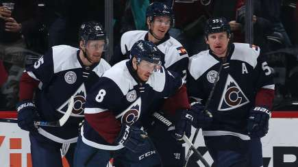 colorado-avalanche-112315-getty-ftrjpg_knx75yuvebmc14vxz7kufug4z